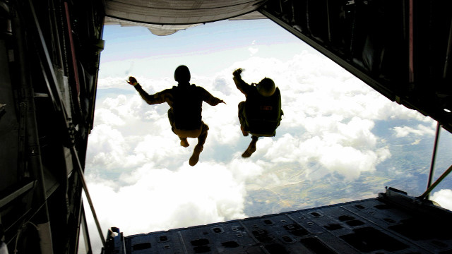 skydiving_01
